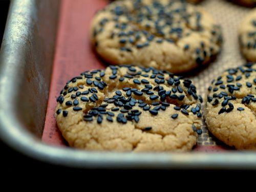 Peanut Butter Sesame Cookies 3